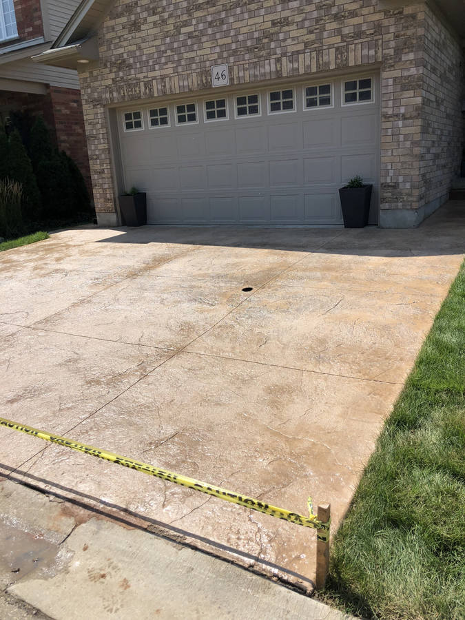 Concrete or stamped concrete walkway in London Ontario region. Concrete Driveways, Walkways, Steps and Patios by Broadway Concrete and Landscaping